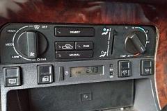 z24922181V,Daimler-sluzyl-jako-limuzyna-w-angielskim-zakladzi