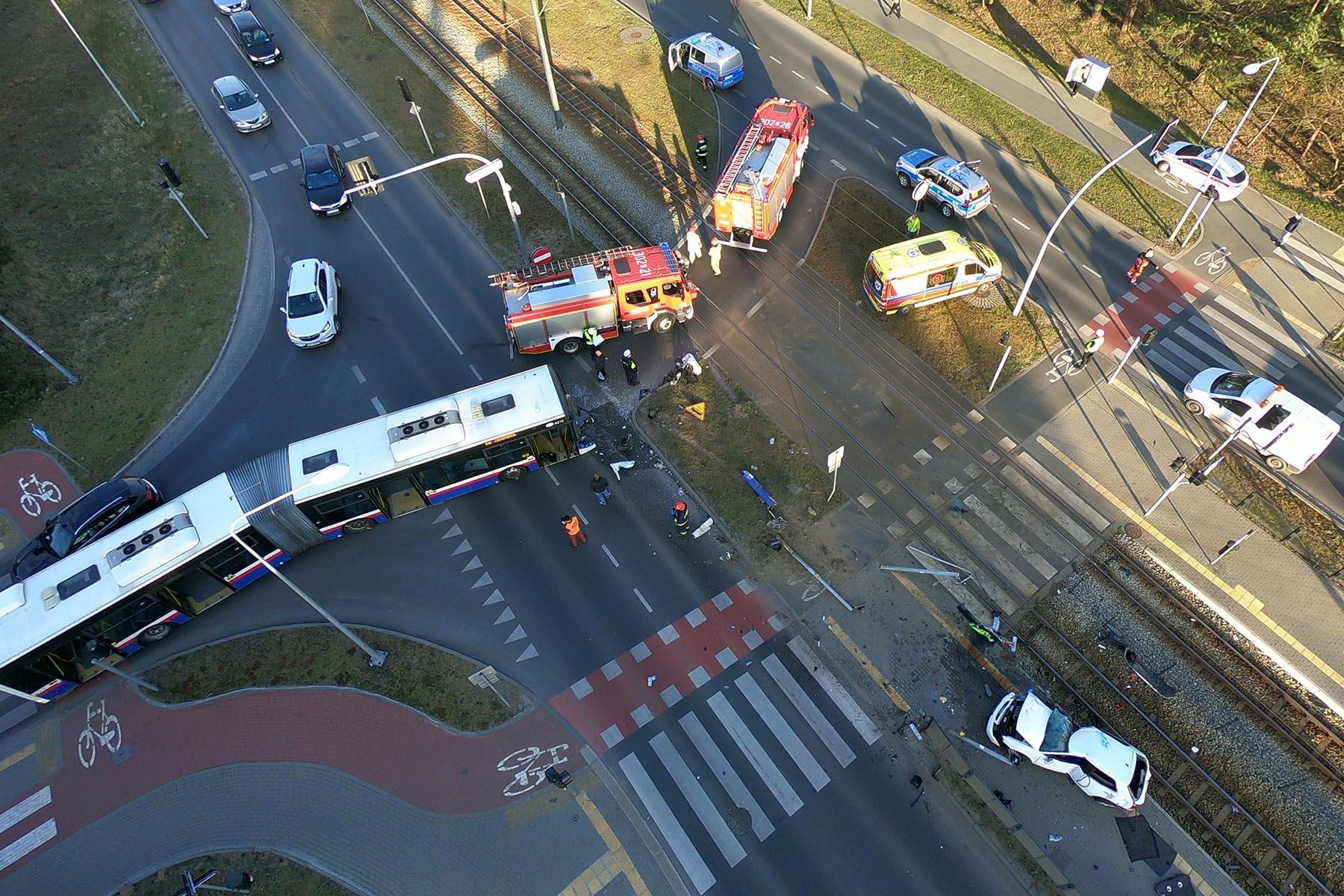 Wypadek z udziałem autobusu w Fordonie